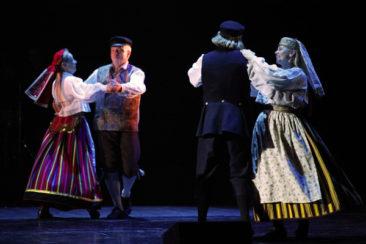 Leigarid ja Neevo ühises tantsuhoos
