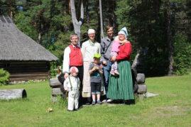 Eesti pere ja läti pere